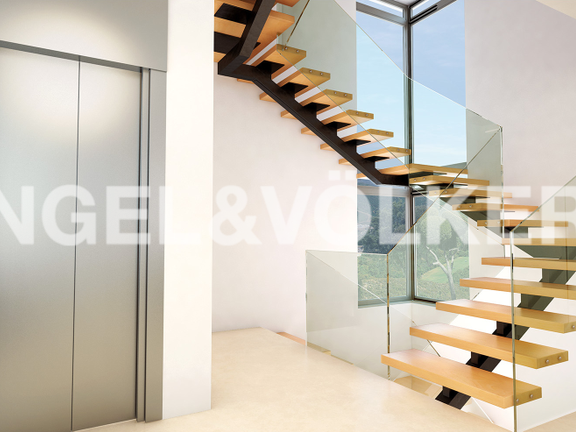 House in Golden Mile - Stairs-Lift