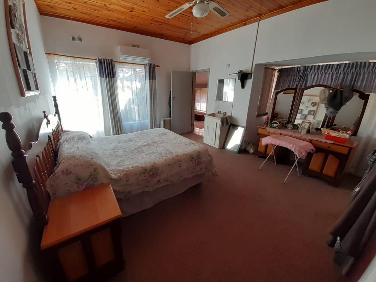 House in Parys - WhatsApp Image 2021-07-15 at 14.03.58.jpeg