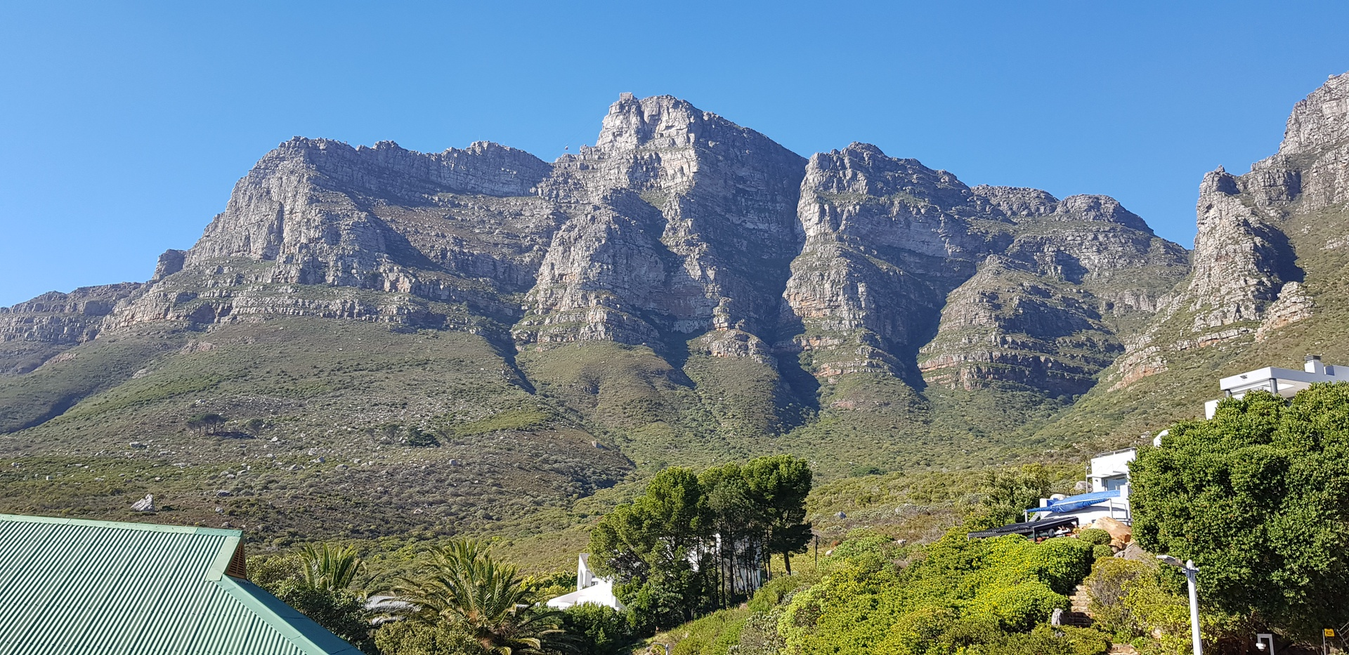 House in Camps Bay - Mountain views 2