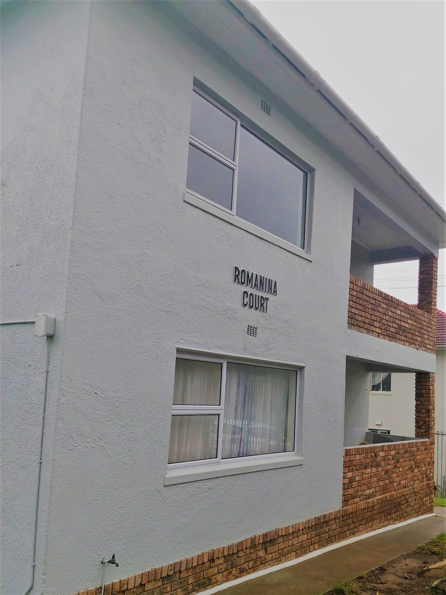 Apartment in Vredehoek - Ground Floor