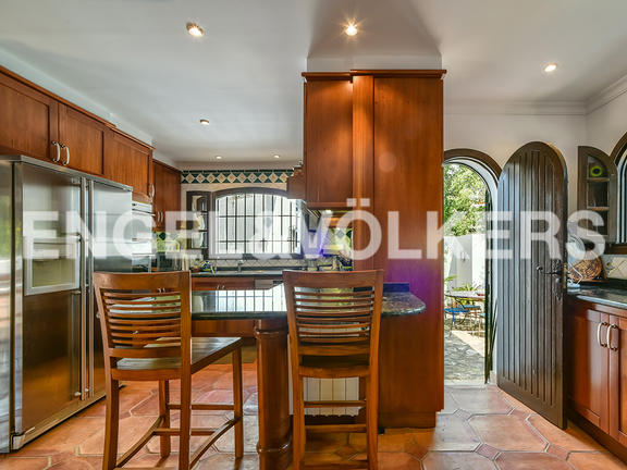 House in Calpe - Kitchen with dining area