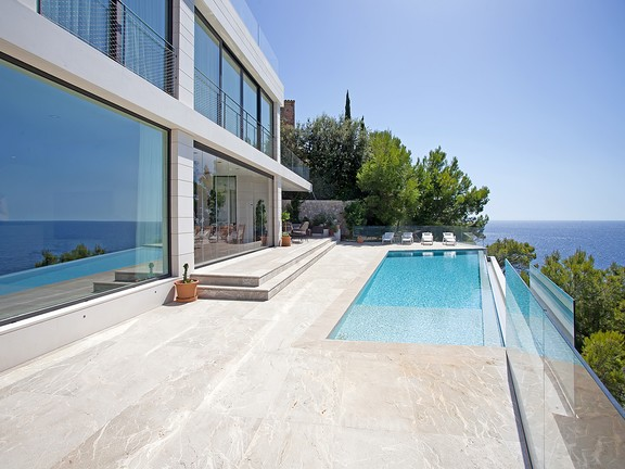 Luxury sea view property in top location, Santa Ponsa