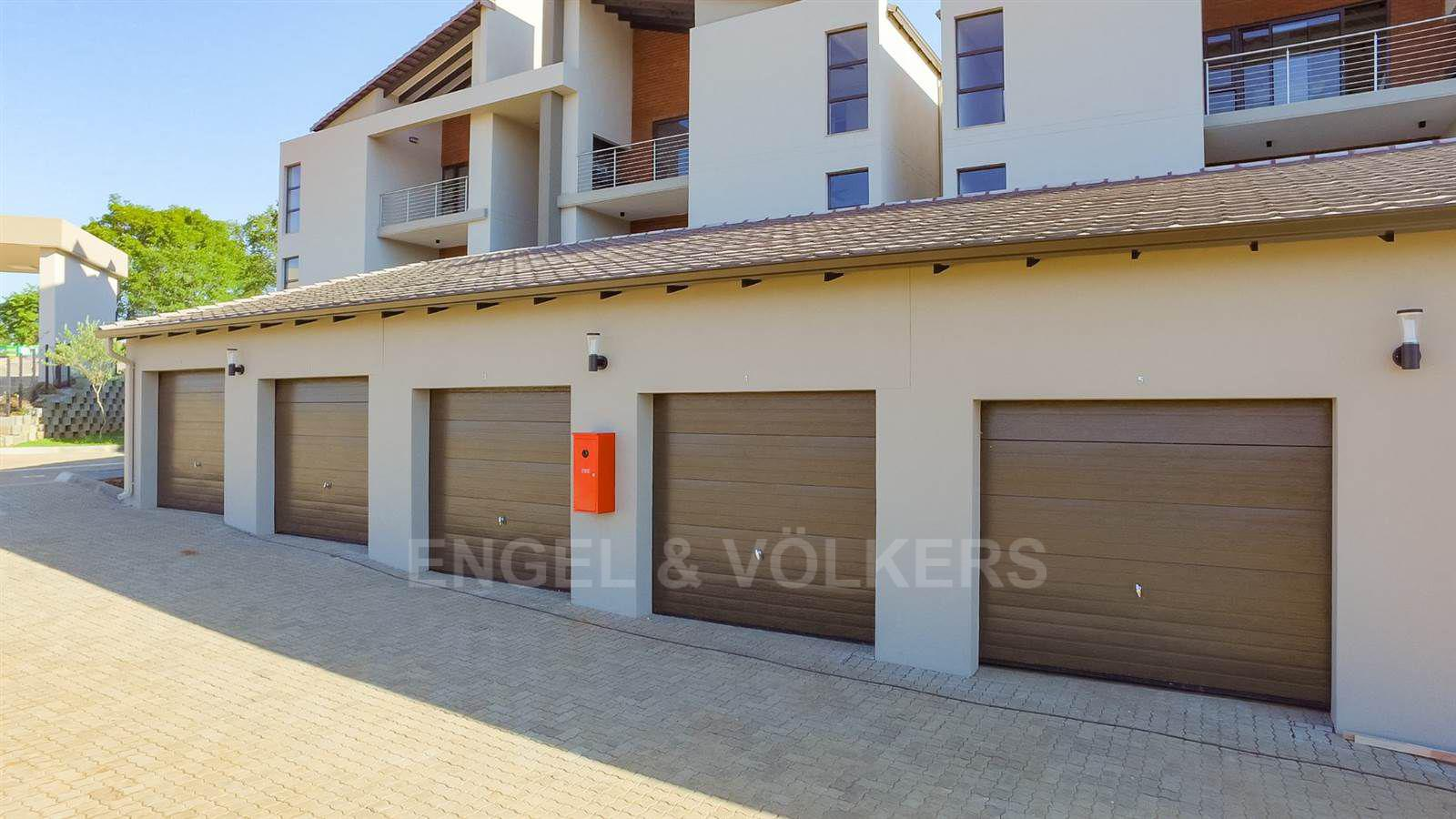 Apartment in Ifafi - Block of garages