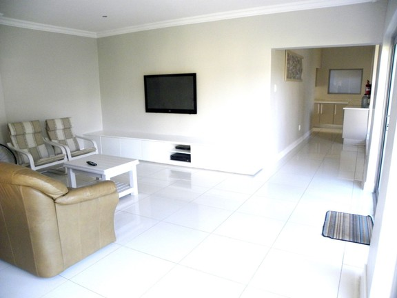 House in Bonnie Doon - 3rd Lounge
