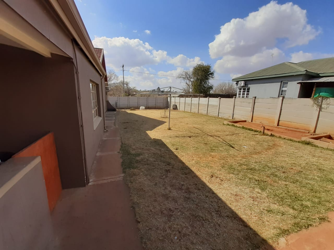 House in Parys - WhatsApp Image 2021-07-15 at 14.03.52 (1).jpeg