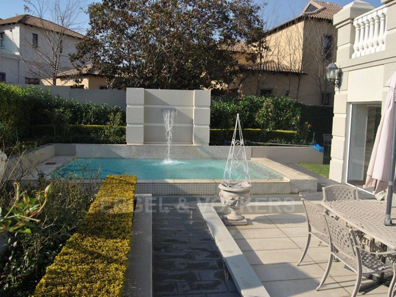 House in Dainfern Valley - Pool
