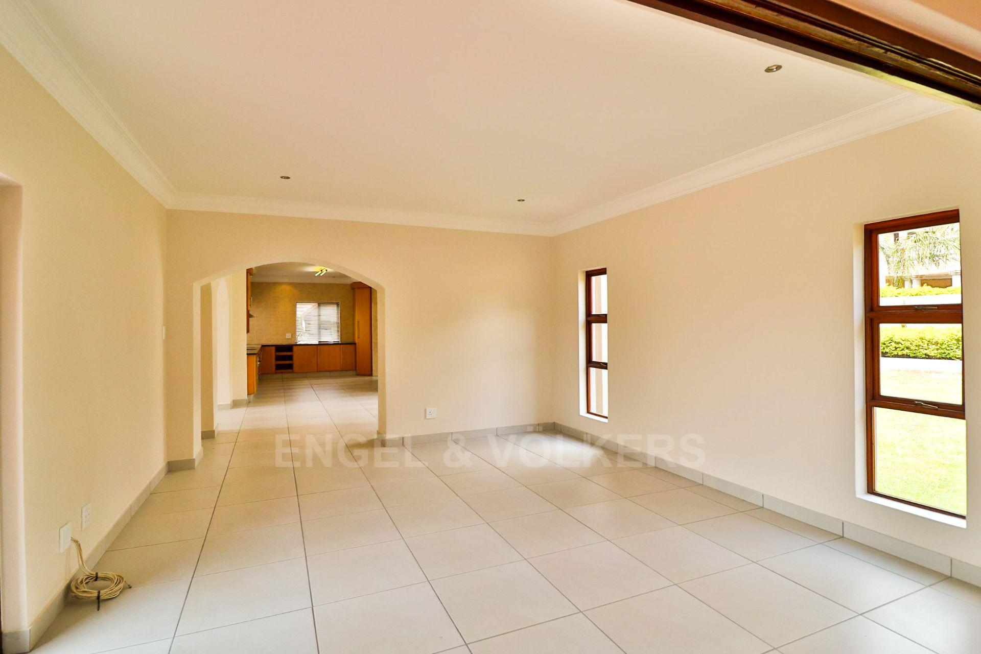 House in Xanadu Eco Park - Large rooms