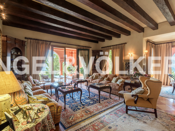 House in Marbella City - Living Room