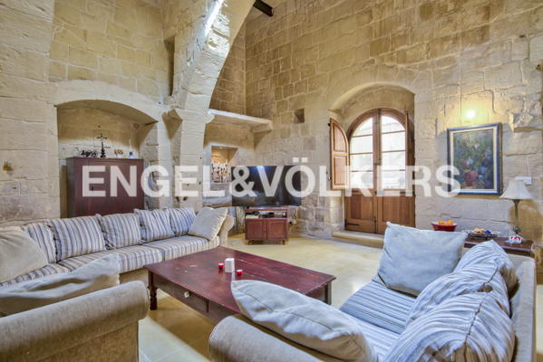 House Of Character, Mqabba, Living Area
