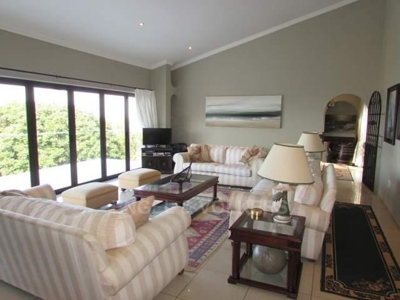 House in Southbroom - 009_Lounge.JPG