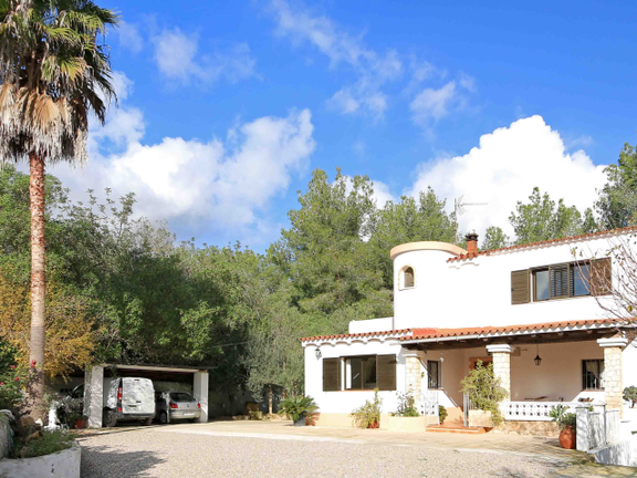 Villa surrounded by nature in the beautifull area of San Rafael