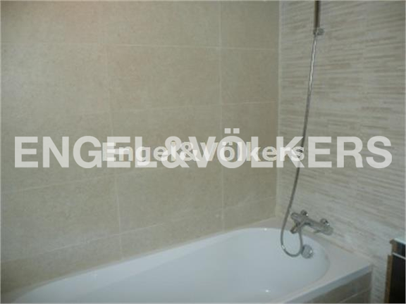 Condominium in Sliema - Sliema, Duplex Apartment, Bathroom