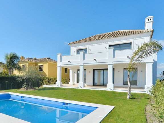House in Estepona West
