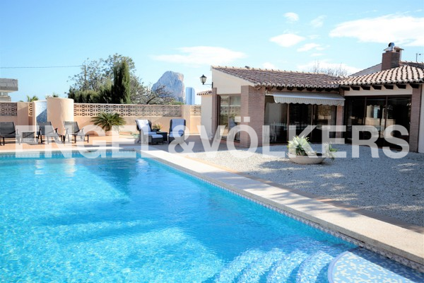 House in Calpe - View from pool to Naya