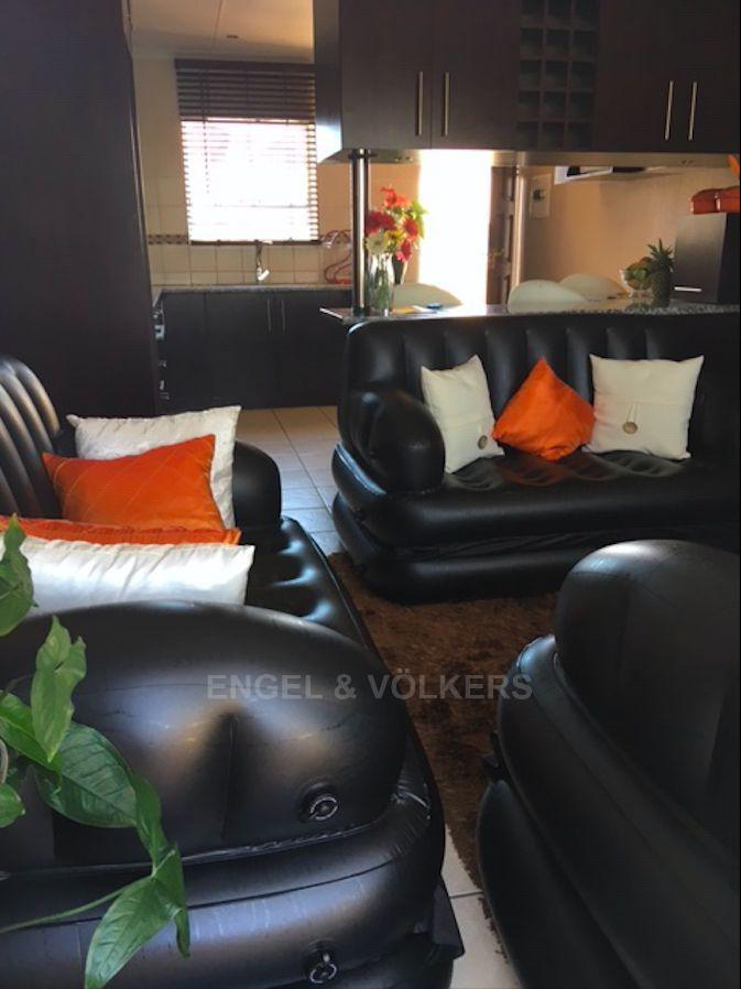 Apartment in Vorna Valley - Lounge 1.png