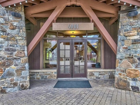 Apartment in Truckee - 4001 Northstar Drive #402, Truckee, California 96161
