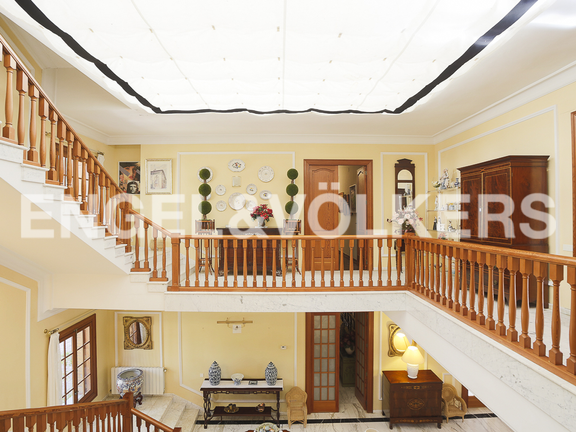 House in Náquera - stairs first floor