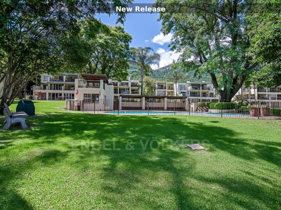 Montego Bay is a small and exclusive sectional title development on the waterfront