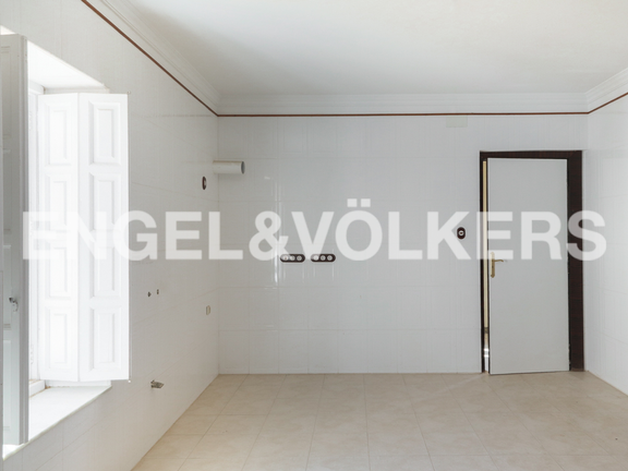House in Requena - Renovated kitchen