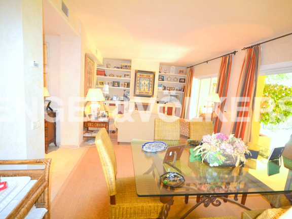 House in Rio Real - Townhouse in Rio Real