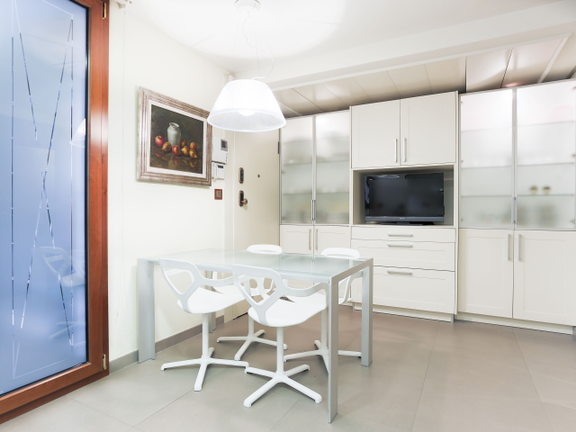 Condominium in Eixample - Kitchen