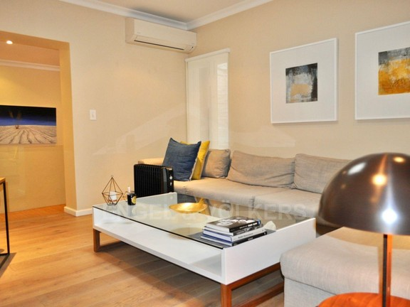Apartment in City Centre - TV Lounge 2