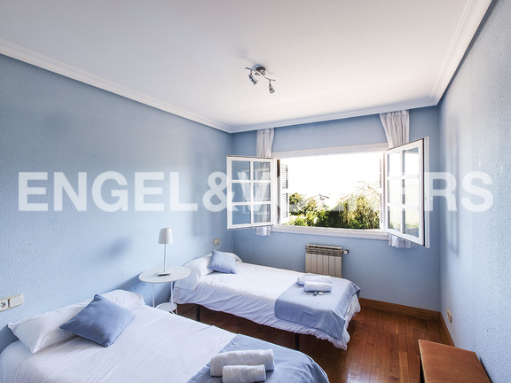 House in Jaizubia - Double bedroom in blue