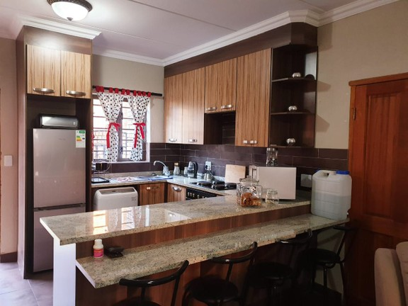 Apartment in Bailliepark - WhatsApp Image 2019-06-24 at 10.34.33 (2).jpeg