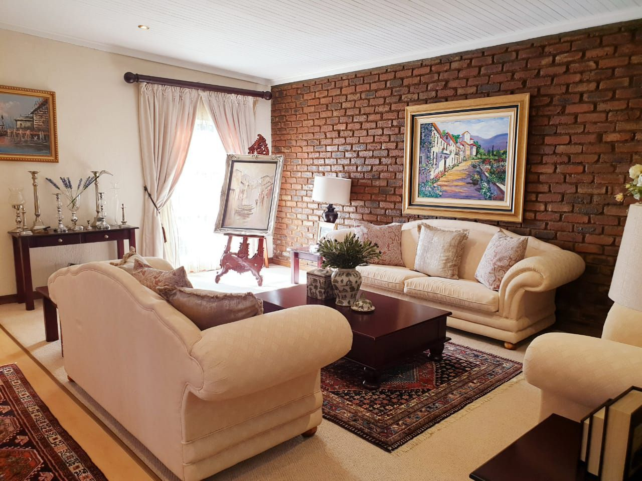 House in Miederpark - Formal Lounge.jpg