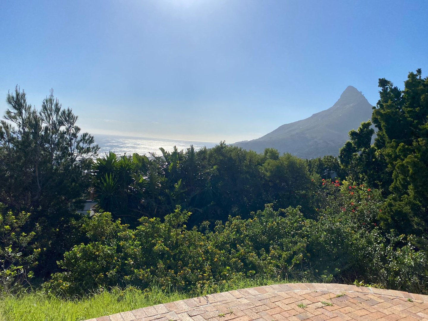 House in Camps Bay - Plot