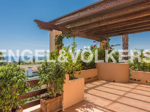 Penthouse for sale in Mansion Club Nagüeles