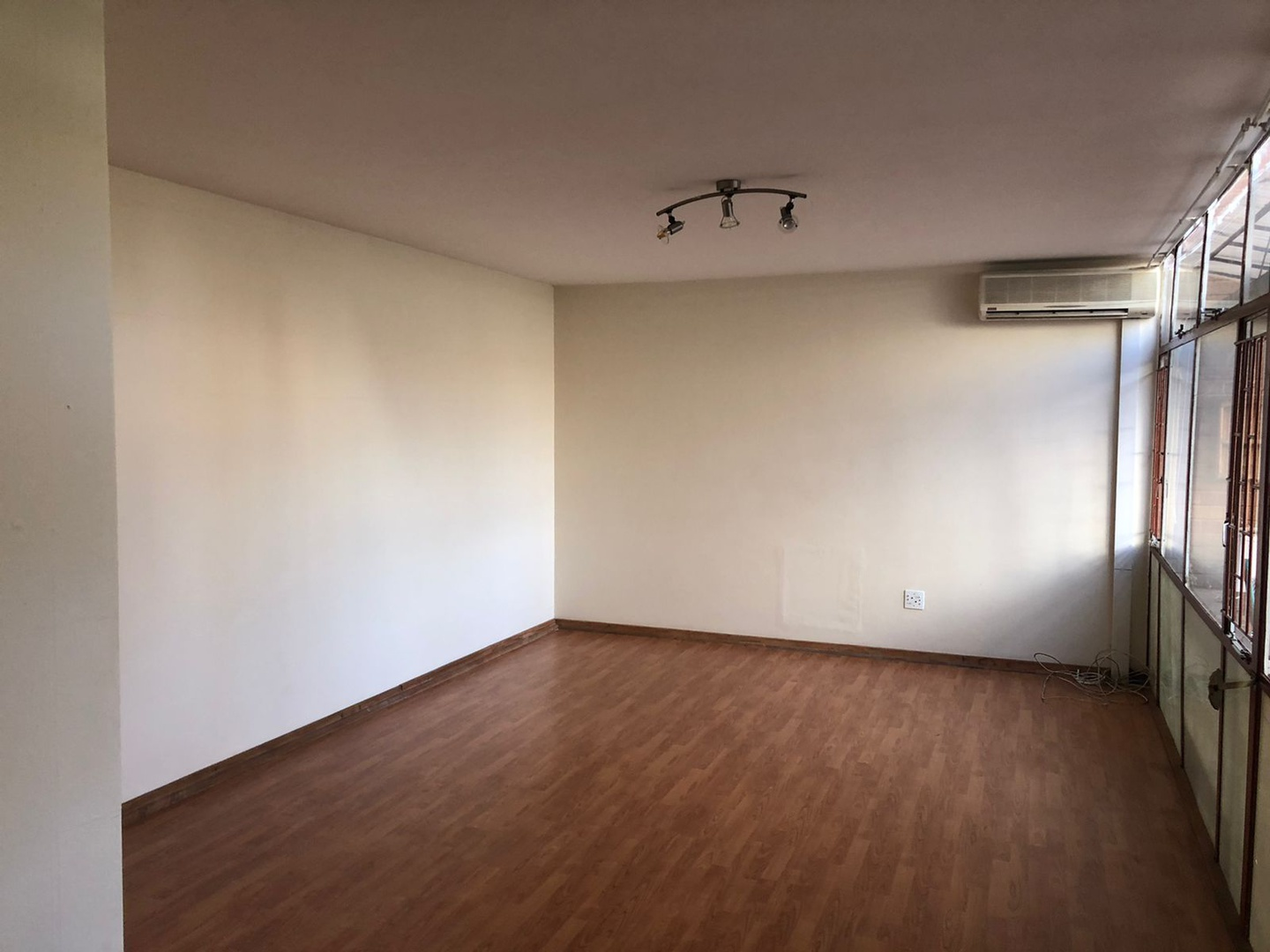 Apartment in Central - p2