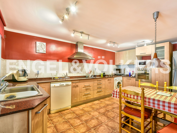 House in Surroundings - Kitchen
