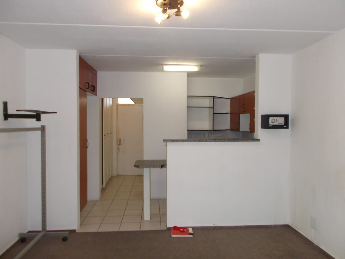 Apartment in Bryanston East Ext 3 - WhatsApp Image 2020-10-19 at 12.18.12 PM (1).jpeg