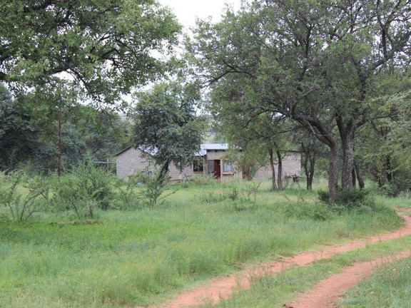 Land in Parys - LABOUR_HOUSES.jpg