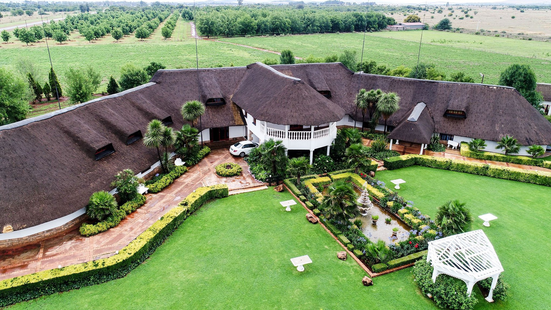 Investment / Residential investment in Oudedorp - Drone 2.jpg