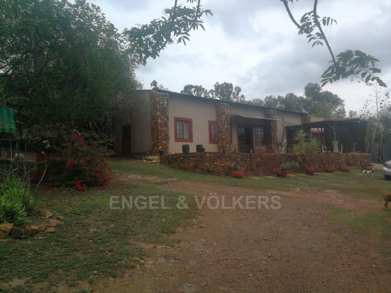 Land in Hartbeespoort Dam Area - 2nd house on property
