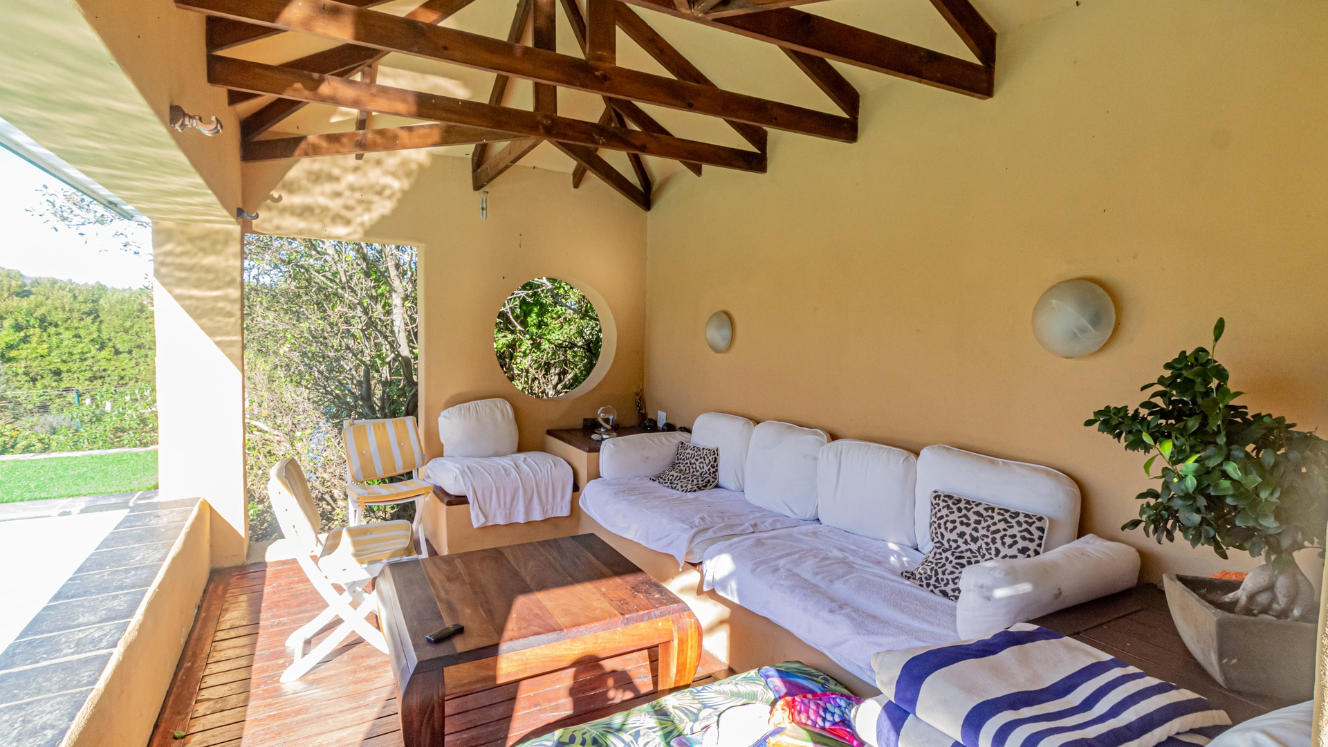 House in Hout Bay - Outside lounging