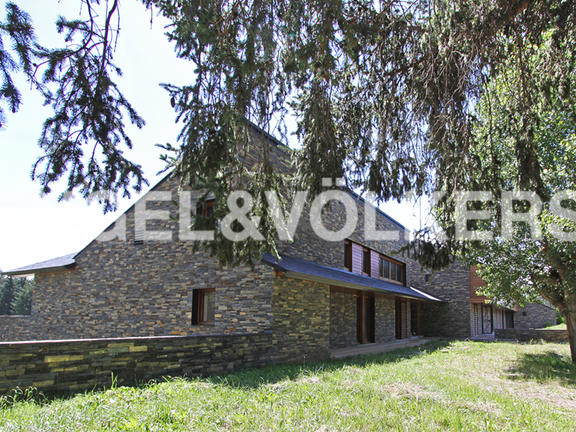 House in Antiguo Barrio del Golf (Remei)