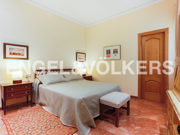 Condominium in La Seu - Master bedroom