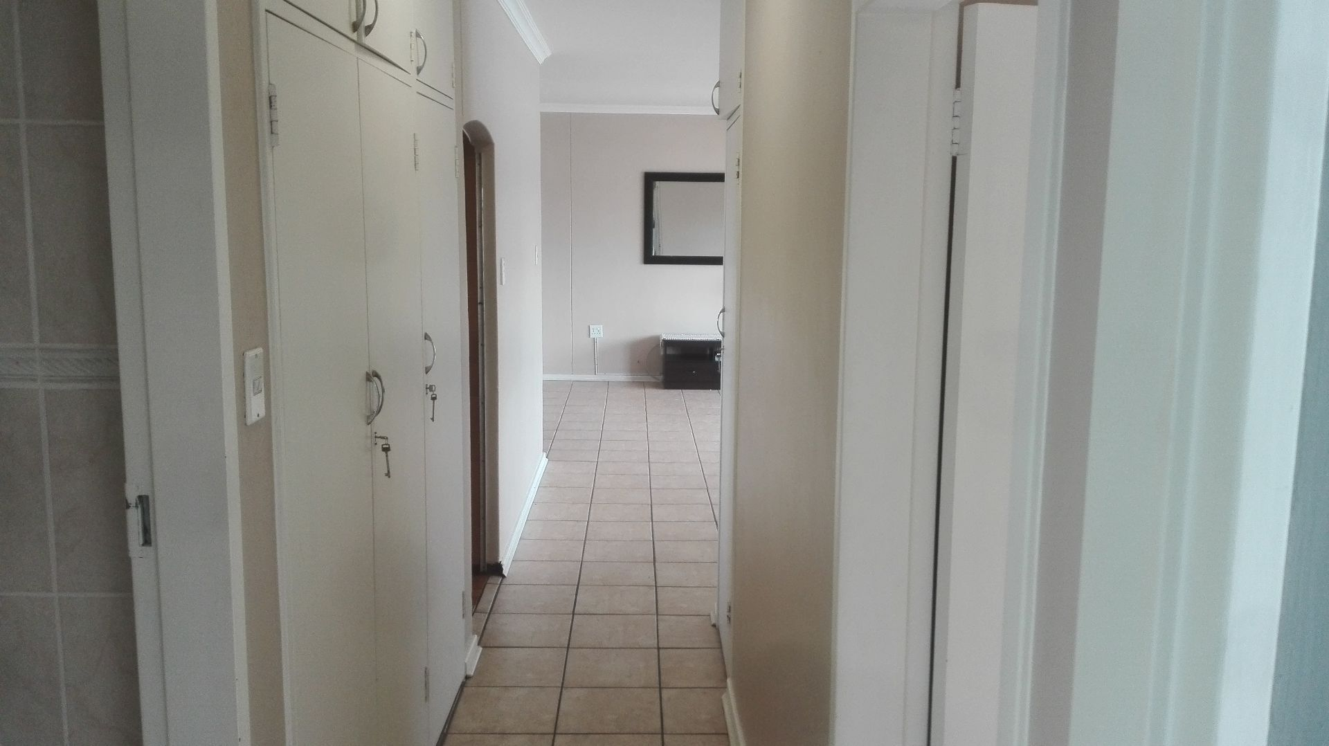 Apartment in Central - Hallway