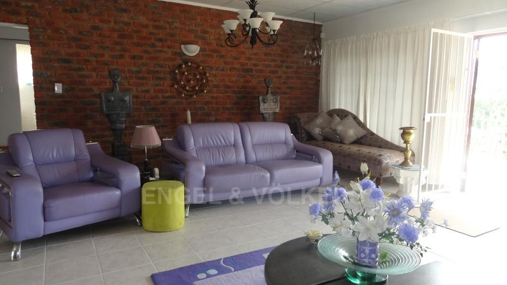 House in Uvongo - 004 Living Area