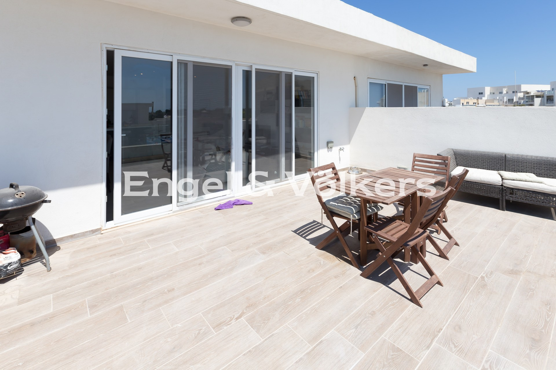 Apartment in Gharghur - Penthouse, Ghargur, Terrace with BBQ Area and outdoor furniture