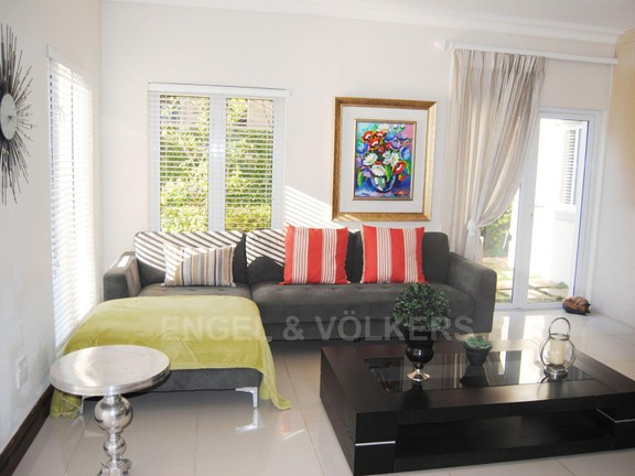 House in Dainfern Valley - Tv Lounge