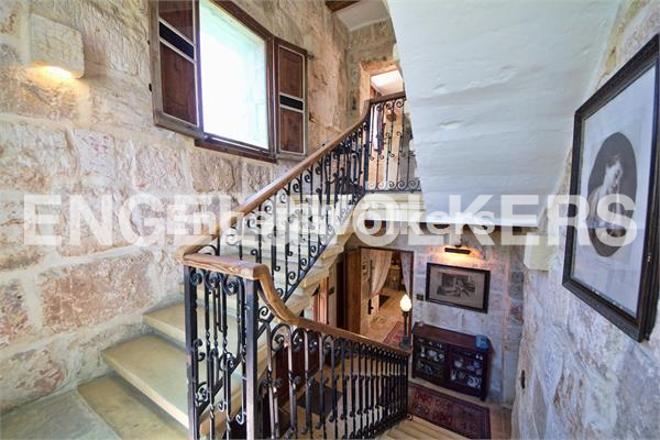 House in Siggiewi - Siggiewi, House of Character, Staircase