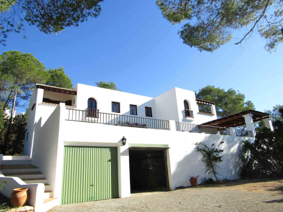 House in Cala Tarida - House with garage