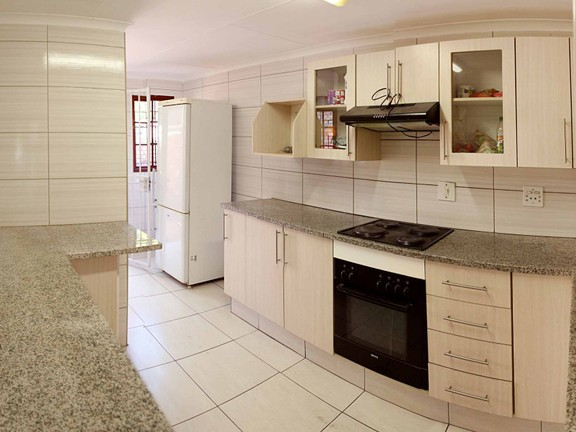 House in Waterkloof Heights - Kitchen