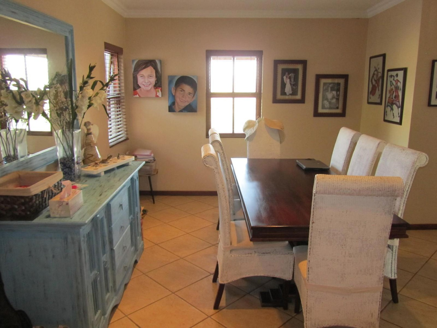 House in Ville D' Afrique - Dining area