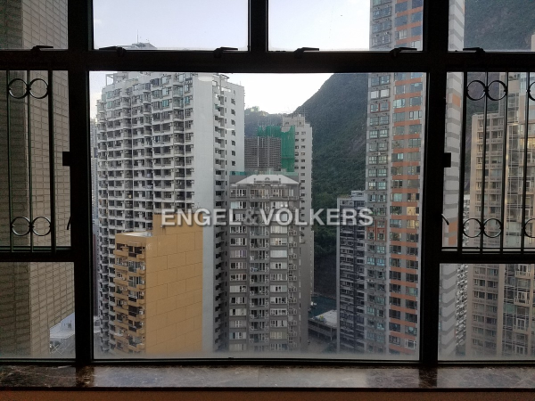 Apartment in Mid Level West - Robinson Place 雍景臺