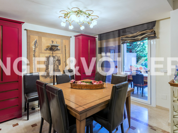 House in Marbella City - Dining Area